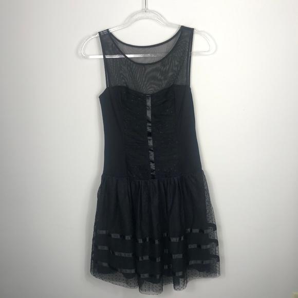 Betsey Johnson Dresses & Skirts - Betsey Johnson Black Sleeveless Chiffon Dress